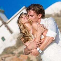 Book a Santorini photo shoot by Santorini photographer Alexander Hadji about the island & will make sure you will get the most out of your Santorini photo shoot! Book now! Crazy Wedding Photos, Santorini Photographer, More Photos, Couple Photos, Santorini Wedding, Light In The Dark, Destination Wedding, Wedding Photography, Photoshoot