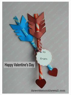 Valentine's Day Treat-Cupid's Arrow / Pixie Sticks-Easy to Make!  It's Written on the Wall:  #ValentinesDay  #ValentinesdayCraft