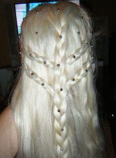 """khaleesi"" hair"