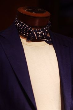 Bandana or Neckerchief or are they the same thing?