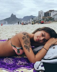2,000 Likes, 19 Comments - Beatriz Assis (@assisbea) on Instagram