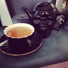 Cutest skull teapot and teacup in black