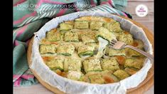 ROTOLINI DI ZUCCHINA E SCAMORZA FILANTE - ROLLS OF ZUCCHINI AND smoked S... Kung Pao Chicken, Cucumber, Zucchini, Vegetables, Video, Cooking, Ethnic Recipes, Food, Youtube