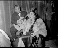 1952. Singer Anita Villa and guitarist Thom Kelling during the rehearsal of their performance at the Miss Casino contest at the Victoria Hotel in Amsterdam. Photo AHF, collection IISH, Amsterdam / Ben van Meerendonk #amsterdam #1950
