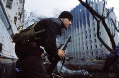 Near the Presidential Palace, Grozny, Chechnya, 1995, by Laurent Van der Stockt.