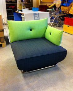 2-colored Dunder easy-chair/sofa. Covered in fabric Ink from Svensson Markspelle. Design Stefan Borselius 2010 for Blå Station.