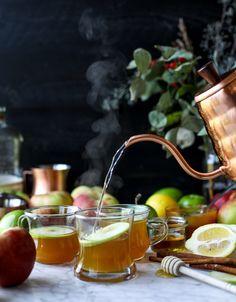caramel apple hot toddy   howsweeteats.com #caramel #apple #cocktail