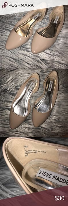 EUC Steve Madden patent leather flats Worn once for a holiday event and haven't worn since. In excellent condition, hardly any wear on the soles. Great nude color, goes with everything!  From a smoke/pet free home. Steve Madden Shoes Flats & Loafers