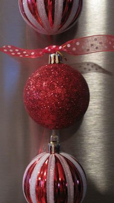 Christmas Ornament Fridge Magnets!