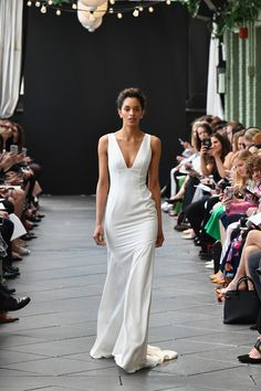 Amsale Bridal Spring 2019 Collection - Vogue