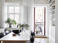 A stunning Swedish space in white