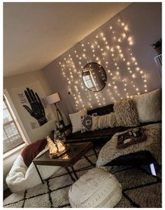 Simple Living Room Decor, Living Room Lighting, Cozy Living, First Apartment Decorating, Interior Minimalista, Apartment Living, Living Rooms, Apartment Ideas, Apartment Bedrooms