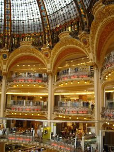 Galeries La Fayette - an amazing departent store in central Paris, set in an old Opera House