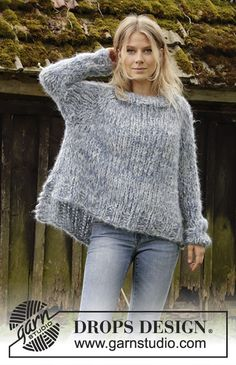Knitting Patterns Women Cloud Chasing / DROPS – Knitted sweater with raglan in 3 threads DROPS Melody.Cloud Chasing / DROPS - Knitted jumper with raglan in 3 strands DROPS Melody. The piece is worked top down with high neck and split in sides. Chunky Knitting Patterns, Lace Knitting, Knit Patterns, Knit Crochet, Big Knits, Mohair Sweater, Drops Design, Casual Sweaters, Pulls
