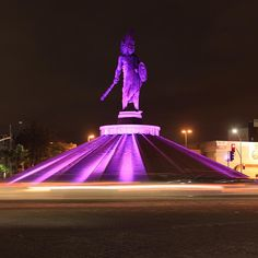 Cuauhtemoc is one of Mexico's most important heros. If you follow along this street, you'll see monuments of other iconic characters in Mexican history.  #Mexico #Tijuana #BajaCalifornia #DiscoverBaja #DescubreBC #EnjoyBaja #DisfrutaBC #Love #Amor #Cuautemoc #Patria #Noche #Night #Google  Learn more in: www.venatijuana.com  Image by axelography