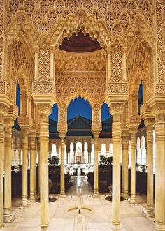 Place: #Alhambra, #Granada / #Andalucía, #Spain. Photo by Walter Weinberg (500px.com)
