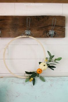 Love this easy fall hoop art! Such an inexpensive…