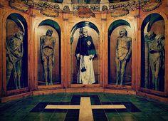 Mummies in Italy - Urbania Mummies Cemetery