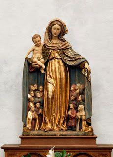 beautiful!  Esposa del Espíritu Santo,  cúbrenos con tu manto!
