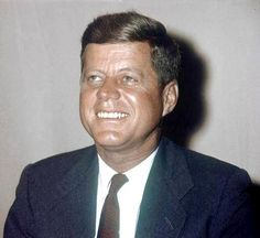 an image portrait of john f kennedy in the united states Original file (2,029 × 3,000 pixels, file size: 151 mb, mime type: image/jpeg) this is a featured picture, which means that members of the community have identified it as one of the finest images on the english wikipedia, adding english: posthumous official presidential portrait of us president john f kennedy.