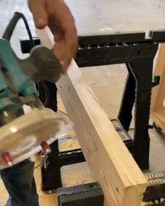 Router Jig, Wood Router, Router Woodworking, Woodworking Furniture, Fine Woodworking, Woodworking Projects That Sell, Woodworking Techniques, Woodworking Videos, Diy Wood Projects