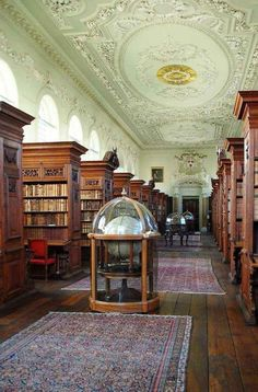 Queen's College Library, Oxford..... 32 Photos That Prove Oxford Is An Awe-Inspiring Wonderland