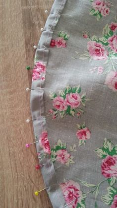 If you love sewing, then chances are you have a few fabric scraps left over. You aren't going to always have the perfect amount of fabric for a project, after all. If you've often wondered what to do with all those loose fabric scraps, we've … Sewing Hacks, Sewing Tutorials, Sewing Crafts, Sewing Tips, Tutorial Sewing, Skirt Tutorial, Sewing Ideas, Baby Dress Tutorials, Sewing Lessons