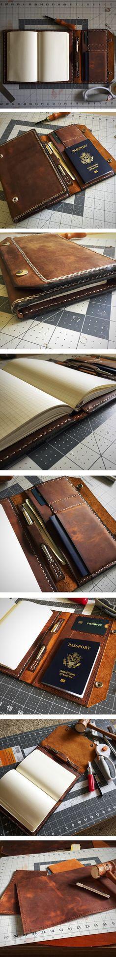 World Traveler Leather Cover #Etsy #Colinsbookshop #worldtravel