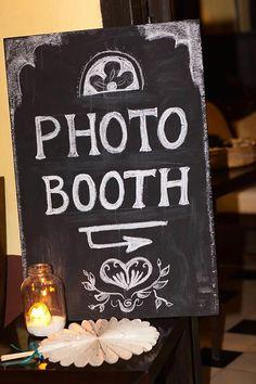 10 Rustikale Hochzeitsdeko Idee DIY Hochzeit mit kleinen schwarzen Tafeln Hochzeit Fotografie Rustikale Hochzeitsdeko Idee: DIY Hochzeit mit kleinen schwarzen Tafeln