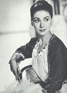 A grande Dama do Ballet : Margot Fontaine. I saw her perform in Romeo and Juliet. One of the greatest dancers of 20th century.