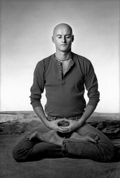 He is one of my heroic teachers, I will meet him one day. Ken Wilber, Gestalt Therapy, Einstein, Zen Quotes, Buddha, First Humans, How To Stay Awake, Yoga Meditation, Martial Arts