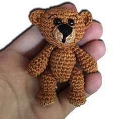 Mini-Teddy häckeln.....auf der Seite gibt es die kostenlose Anleitung