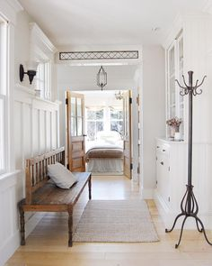 39 Entryway Home Decor That Make Your Home Look Fabulous - Interior Design Decoration Hall, House Decorations, Transitional Decor, Transitional Kitchen, Entry Hall, Front Entry, Home Look, My New Room, Home Renovation