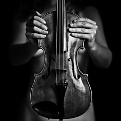 French photographer Benoit Courti has created a stunning series of black and white photographs entitled Deep Black. Benoit was a music composer before bec Diane Arbus, Violin Photography, Black And White Photography, Musician Photography, Silhouette Photography, Urban Photography, Product Photography, Color Photography, Photography Ideas