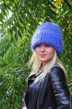 Купить Шапка из мохера(тон василек) - васильковый, однотонный, шапка вязаная, шапка женская, мохер Германия