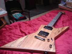 I would kill for this guitar!
