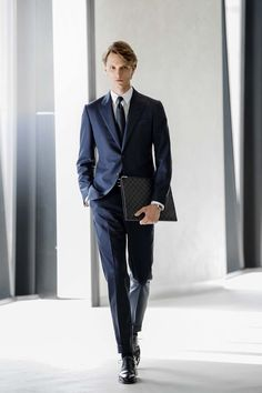 Formal Dresses For Men, Formal Suits, Men Formal, Suit Fashion, Mens Fashion, Mod Suits, Fashion Figures, Fitted Suit, Drawing Clothes