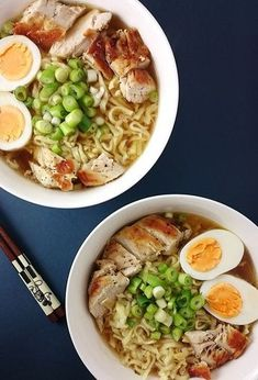 Japanese Diet for Fat Burning - Einfach & Schnell – Ramensuppe // Knabberkult.de Japanese Diet for Fat Burning - Discover the World's First and Only Carb Cycling Diet That INSTANTLY Flips ON Your Body's Fat-Burning Switch Gluten Free Chinese Food, Vegetarian Chinese Recipes, Homemade Chinese Food, Authentic Chinese Recipes, Easy Chinese Recipes, Homemade Ramen, Crock Pot Recipes, Spicy Recipes, Pork Recipes
