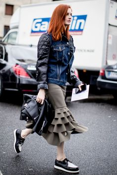 Paris Fashion Week Fall 2017 Street Style Day 6, See the best street style captured at Paris Fashion Week Fall 2017 at TheImpression.com PFW