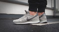 """Nike Internationalist Leather """"Mine Grey"""" bei Afew Latest Sneakers, Retro Sneakers, Air Max Sneakers, Sneakers Fashion, Shoes Sneakers, Nike Internationalist, Baskets, Zapatillas Casual, Mens Activewear"""