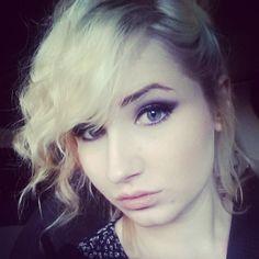 #makeup #smashbox #stila #urbandecay #bareminerals #benefit #beauty #curlyhair