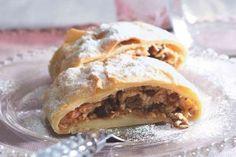 Czech Recipes, Ethnic Recipes, Bread Bar, Strudel, Something Sweet, Apple Pie, Lasagna, Yummy Food, Sweets