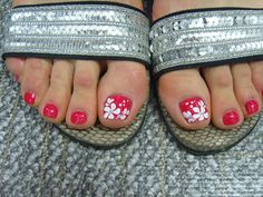 hot pink toes by Pretty Pedicures, Pretty Toe Nails, Cute Toe Nails, Toe Nail Art, Beach Toe Nails, Pretty Toes, Hot Pink Pedicure, Hot Pink Toes, Pedicure Nails