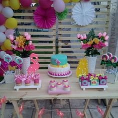 Flamingo Birthday, Luau Birthday, Happy Birthday Parties, Flamingo Party, 1st Birthday Girls, Birthday Party Decorations, Tropical Party, Ideas Para Fiestas, Luau Party