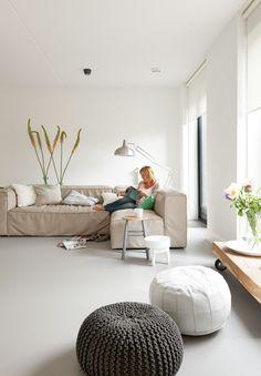 Mooie vloer. De nieuwe Forbo Marmoleum vloer bij Leonie in Amersfoort. Photo by Jansje Klazinga JKF®