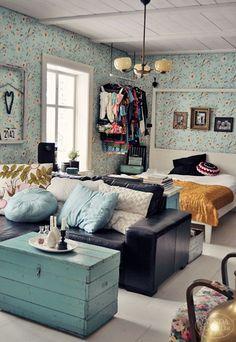 Cute ideas for a studio apartment. not so much the flowers 8835d50398e4910f1c40e935d504723d.jpg 696×1,009 pixels