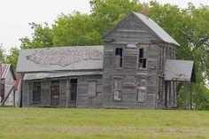 The Klutts' Abandoned Farmhouse near Rockwall Texas by ELDANS