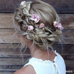 閨密一起來綁頭髮!50款公主風髮型靈感看這裡|彩妝美髮-VOGUE時尚網