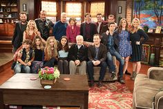"rowan-updates: ""Boy Meets World Cast reunites for Girl Meets World season three finale. (x) """