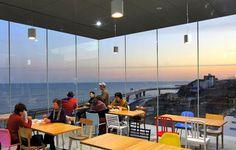 海に浮く絶景のカフェが駅に!?JR日立駅でぶらり途中下車 | 茨城県 | Travel.jp[たびねす]